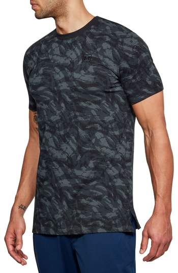 Sportstyle Print Charged Cotton(R) Fitted T-Shirt