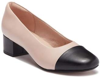 Clarks Chartli Diva Leather Pump