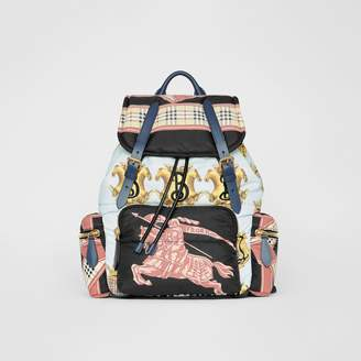 Burberry The Large Rucksack in Archive Scarf Print, Black