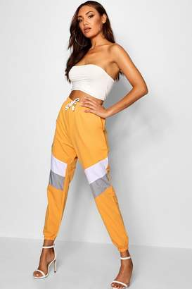 boohoo Panelled Soft Touch Woven Joggers