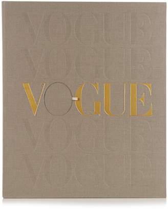VOGUE - VOICE OF A CENTURY Vogue Voice of a Century signed book