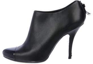Givenchy Leather Round-Toe Boots Black Leather Round-Toe Boots