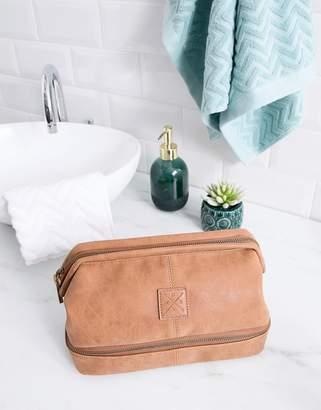 Cotton On debonair toiletry bag