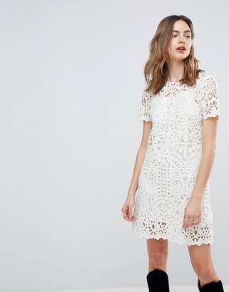 Deby Debo Guipure Lace Shift Dress