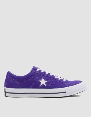 Converse One Star Sneaker in Court Purple