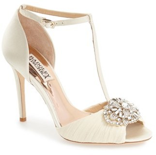 Women's Badgley Mischka 'Darling' T-Strap Pump $225 thestylecure.com