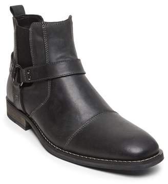 Steve Madden Scorn Chelsea Boot