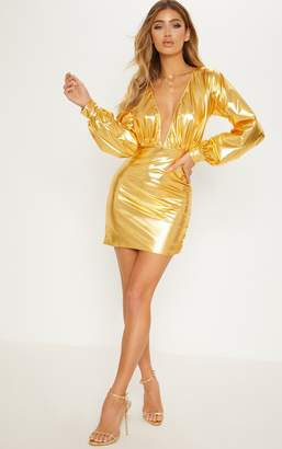 PrettyLittleThing Gold Metallic Plunge Ruched Bodycon Dress