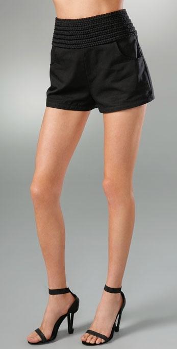 Larsen Gray Roseipes Braid Highwaist Short