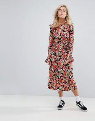 STYLE NANDA STYLENANDA Midi Tea Dress in Bright Floral Print