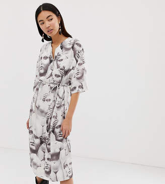7803b73f40f Weekday zip front smock dress with roman face print in white