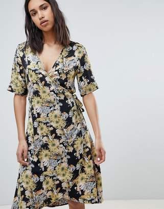 Sofie Schnoor floral bloom printed wrap dress