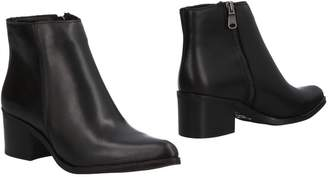 Echo Ankle boots - Item 11506979OE