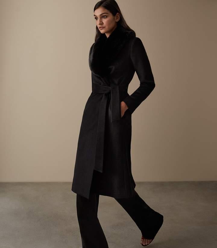 Orson - Detachable Faux-fur Collar Coat in Black