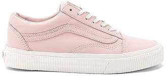Vans Old Skool Sneaker in Blush $70 thestylecure.com