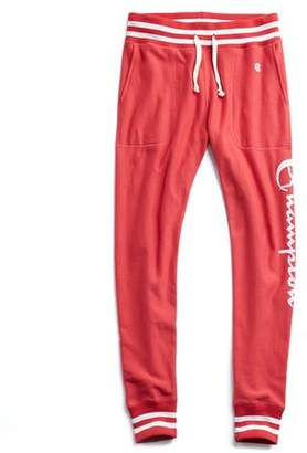 Todd Snyder + Champion Champion Graphic Slim Tipped Jogger Sweatpant in Red