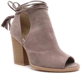 Qupid Barnes Women's Peep-Toe Ankle Boots
