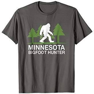 Hunter Minnesota Bigfoot Funny Sasquatch T-Shirt