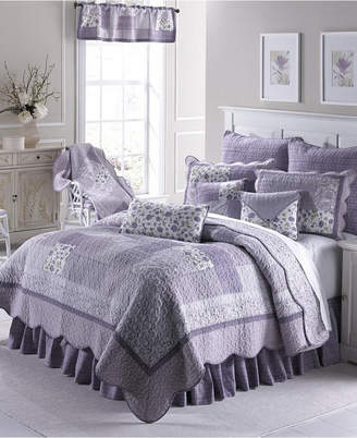 American Heritage Textiles Lavender Rose Cotton Quilt Collection, Queen Bedding