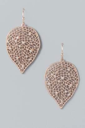 francesca's Maxine Leaf Drop Earrings - Rose/Gold