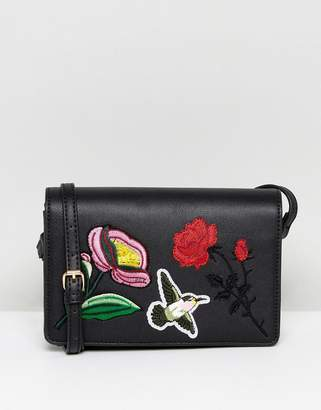 Liquorish Floral Embroidered Crossbody Bag