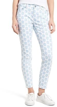 Women's Vineyard Vines Medallion Print Skinny Jeans $108 thestylecure.com