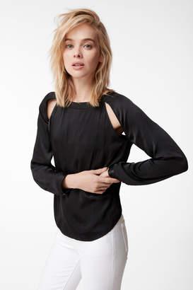 Emilia Long Sleeve Twist Top In Black