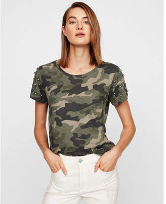 Express one eleven camo studded shoulder boxy tee