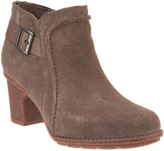 Clarks Leather Buckle Detailed Booties - Sashlin Ester