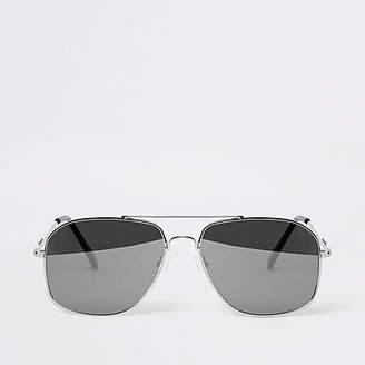 Mens Silver tone mirror aviator sunglasses