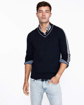 Express Tipped V-Neck Pullover Sweater