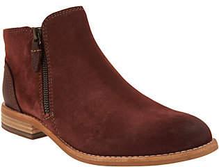 Clarks Artisan Leather Side Zip Ankle Booties -Maypearl Juno
