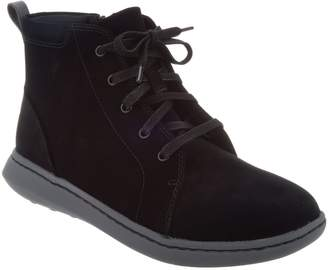 Clarks CLOUDSTEPPERS by Lace-up Ankle Boots- Step Move Lift