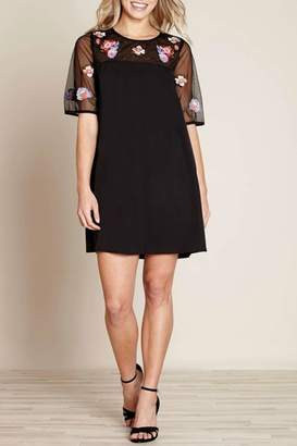 Yumi Floral Embroidery Tunic