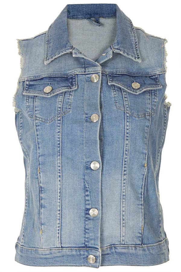 Topshop Internet exclusive - bleach sleeveless denim jacket