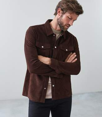 Reiss Our last order date for Christmas has now passed MICK SUEDE OVERSHIRT Dark Brown
