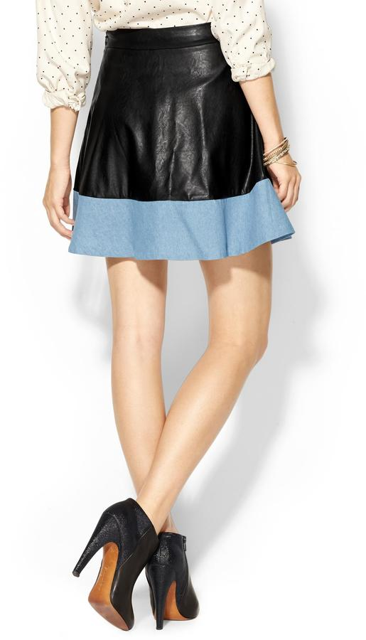 Juicy Couture Rhyme Los Angeles Melly Vegan Leather Skirt