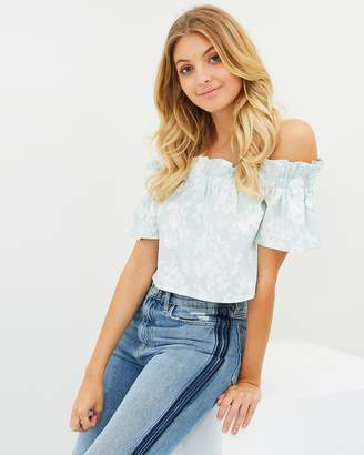 Atmos & Here ICONIC EXCLUSIVE - Rania Off-Shoulder Printed Top