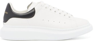 Alexander Mcqueen - Raised Sole Low Top Leather Trainers - Mens - White Black