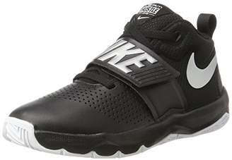 Nike Boys' Team Hustle D 8 (GS) Basketball Shoe