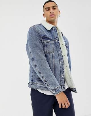 Bershka denim jacket in mid blue with fleece collar and lining