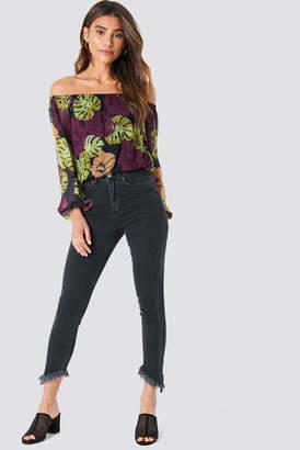 Na Kd Trend Slanting Hem Jeans