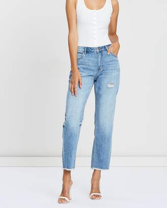Motion of Colour Jeans