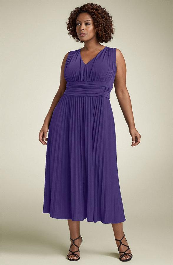 Suzi Chin Maggy Boutique Ruched Jersey Dress (Plus)