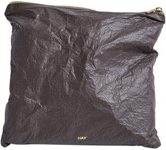 Hay HAY - Packing Essentials Square Medium Zip Bag - Coffee