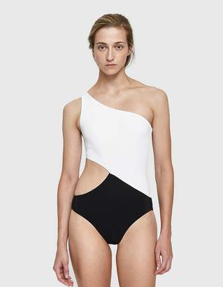 Araks Elmar One Piece