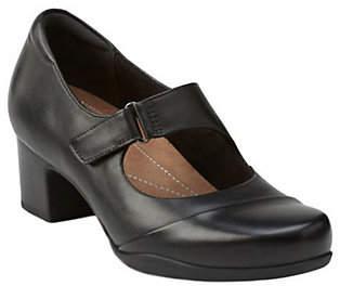 Clarks Artisan Leather Mary Jane Pumps - Rosalyn Wren
