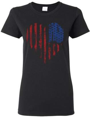Custom Apparel R Us Distressed American Flag Heart USA Patriotic Clothing Womens Top T-Shirt