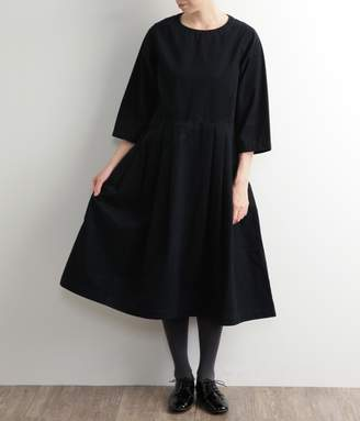Grandma Mama Daughter 【送料無料】テールカットタックワンピース(ネイビー)