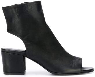 Strategia cut-out ankle boots